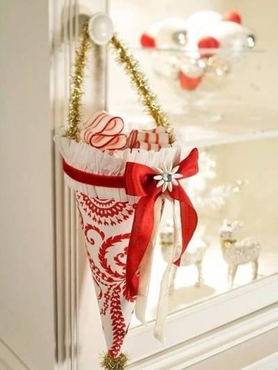 С Новым Годом и рождественскими праздниками!